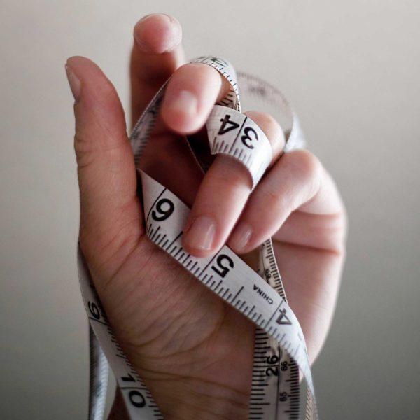 Aumento di peso: i 4 motivi a cui (probabilmente) non hai mai pensato