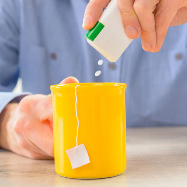 Zuccheri e dolcificanti artificiali: dobbiamo evitarli?